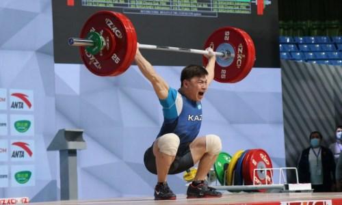 Стало известно, против кого будут биться казахстанские тяжелоатлеты на Олимпийских играх