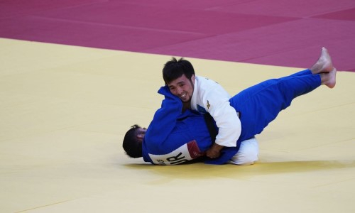 Дзюдоист Сметов вышел в полуфинал Олимпиады-2020
