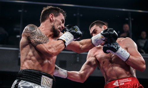 Тренировавшийся с Головкиным казахстанский боксер сразится с британцем у него на родине