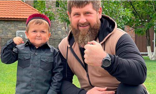 Рамзан Кадыров встретился с Хасбиком и сделал ему шикарный подарок