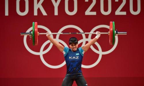 Казахстан завоевал третью медаль Олимпиады-2020