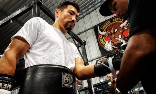 «Они возненавидят бокс». Жанибек Алимханулы пригрозил отправить на пенсию двух чемпионов мира