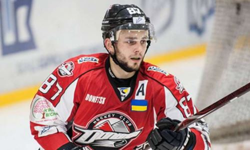 Игравший в Казахстане воспитанник Омска подписал просмотровый контракт с клубом ВХЛ