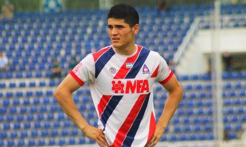 В европейском клубе игрока сборной Казахстана появится третий футболист из Узбекистана