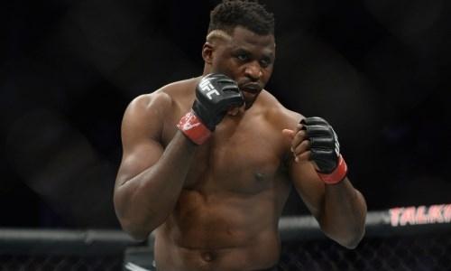 «Нужно что-то с этим делать». Чемпион UFC обрушился с критикой на промоушн и обвинил его в «воровстве»