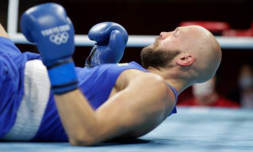 «Уложил казахстанского бойца». Громкое поражение Левита нокаутом на Олимпиаде-2020 оценили в США