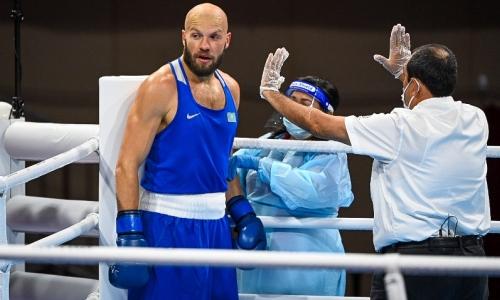 «Как можно так бездарно отбоксировать?». Олимпийский чемпион наехал на Василия Левита за выступление в Токио
