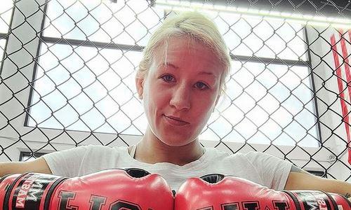 «Должна согнать 11 кило». Первая казахстанка в UFC показала свою текущую форму