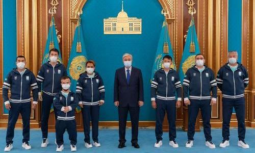 Касым-Жомарт Токаев встретился с казахстанскими паралимпийцами