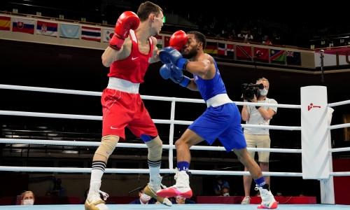 Казахстанский боксер получил ценный совет и переломил бой на Олимпиаде-2020
