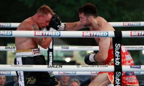 Бывший соперник Жанибека Алимханулы зверски избил немецкого боксера в бою за титул WBA. Видео