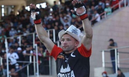 «Задушил, но это — же его работа». Чемпион мира по кикбоксингу рассказал о победе над казахстанским бойцом на EFC