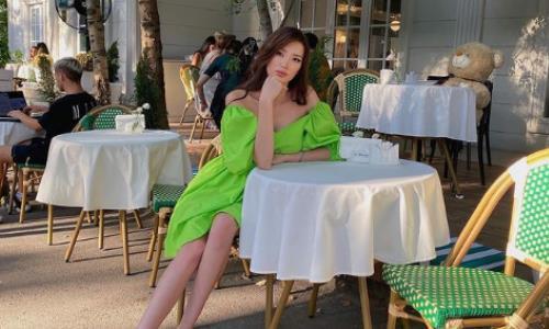 «Цвет настроения зеленый». Сабина Алтынбекова очаровала подписчиков новым сказочным фото