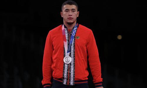 «Обещали трехкомнатную квартиру». Выигравшего «серебро» Олимпиады-2020 кыргызстанца хотели забрать в Казахстан