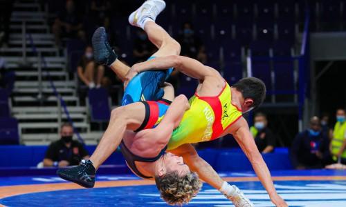 Казахстанский борец уступил «бронзу» юниорского чемпионата мира