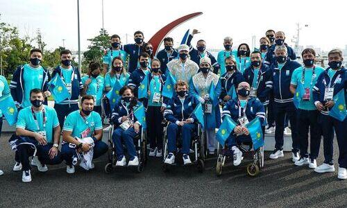 Появилось фото костюмов знаменосцев Паралимпийской сборной Казахстана
