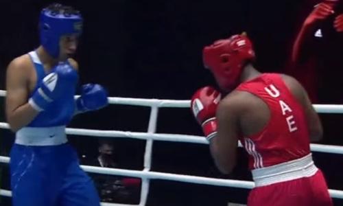 Казахстанский боксер оформил нокаут в первом раунде и вышел в финал МЧА-2021