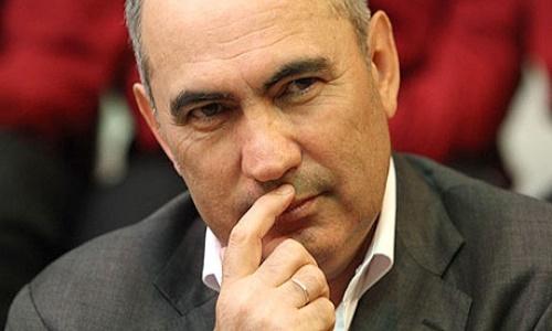 «Бердыев — человек, который разоряет клубы». Российский эксперт рассказал о будущем «Кайрата»