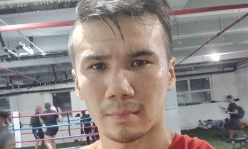 Казахстанский боксер поделился видео с тренировок и спаррингов перед дебютом в США