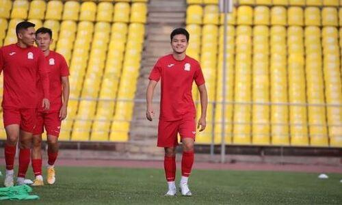 Футболист «Кайрата» прибыл в сборную Кыргызстана для участия в «Кубке Трёх Наций». Фото