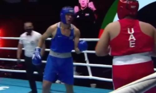 Видео нокаута казахстанского супертяжа в бою за выход в финал МЧА-2021 по боксу
