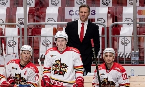 Соперник «Барыса» по Востоку КХЛ перед началом сезона резко сменил трансферную стратегию