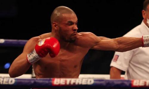 Бросавший вызов Головкину чемпион WBA получил бой с «Бэтмэном»