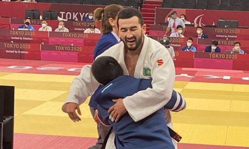 Прямая трансляция схватки казахстанского дзюдоиста с узбеком за «золото» Паралимпиады-2020