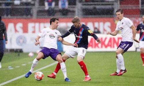 Шпилевский после ухода из «Кайрата» снова не смог выиграть в Бундеслиге. Его клуб идет на последнем месте