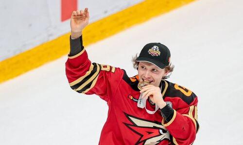 Клубы хоккеистов сборной Казахстана совершили громкий обмен перед стартом сезона КХЛ
