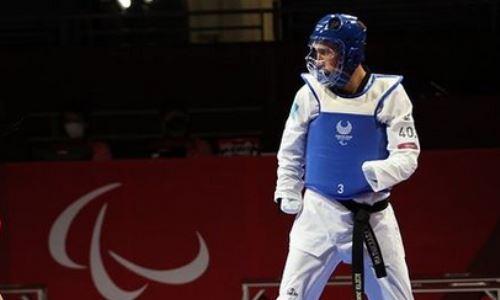 Казахстанский тхэквондист проиграл в полуфинале и сразится за «бронзу» Паралимпиады-2020