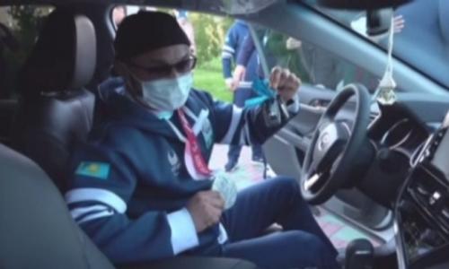 Паралимпийцам вручили ключи от авто и квартир в Атырау