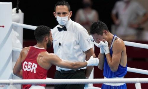 «Ошеломил». Эксперт рассказал о превосходстве олимпийского чемпиона над казахстанским боксером
