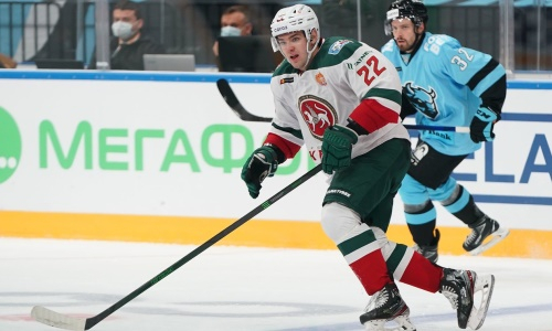 Клуб хоккеиста сборной Казахстана иронично отреагировал на провальный старт в КХЛ. Видео