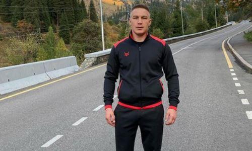 Казахстанский боксер продолжает подготовку к возвращению на ринг после двух поражений кряду