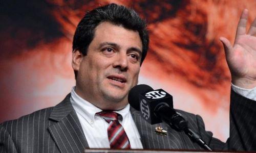 «Это ужасно». Президент WBC раскритиковал Эвандера Холифилда