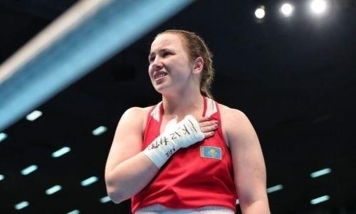 Казахстанская боксерша получила тортом в лицо. Видео