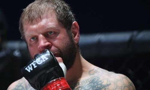 Российский боец UFC заподозрил Александра Емельяненко в организации «договорняка»