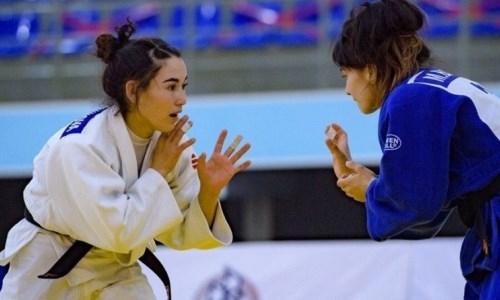 Женская сборная Казахстана по дзюдо проводит УТС в Алматинской области