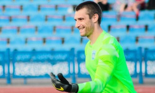 Казахстанский вратарь идет с сухой серией в 157 минут