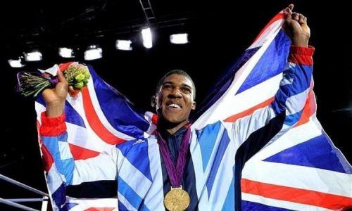Усик честно высказался о выступлении Джошуа на Олимпиаде в Лондоне
