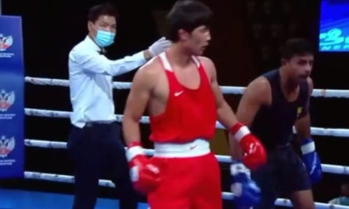 Казахстанский боксер в бою с нокдауном уничтожил соперника на чемпионате мира среди военнослужащих. Видео