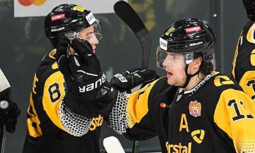 Лидер конференции «Барыса» неожиданно потерпел первое поражение всезоне КХЛ. Видео