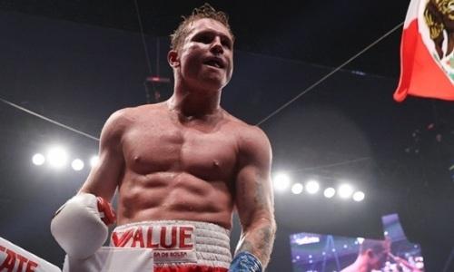 «Я новое лицо современного бокса». Чемпион мира пригрозил «Канело» большими проблемами