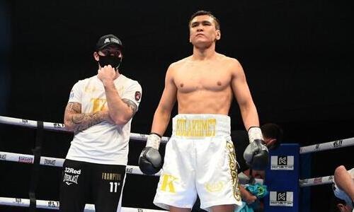 Непобежденный казахстанский боксер провел спарринг с чемпионом Великобритании. Фото