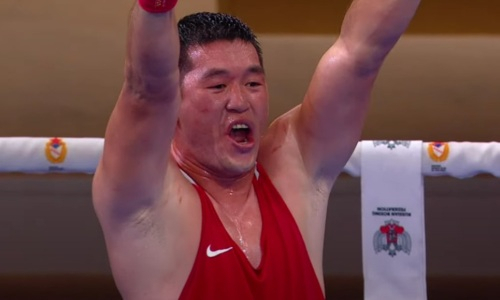 Скандал и три «золота». Как казахстанские боксеры выступили в финале чемпионата мира среди военнослужащих