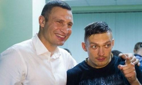 «Это взрыв мозга». Кличко и Шевченко побывали в раздевалке Усика после победы над Джошуа. Видео