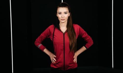 «Вы просто богиня!». Сабина Алтынбекова покорила Сеть новыми фото и ответила на кучу комплиментов