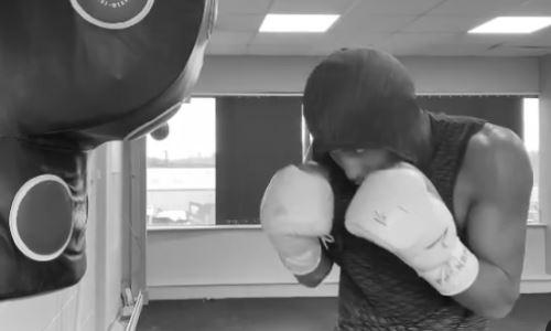 «Молот». Казахстанский боксер с титулом WBO продемонстрировал ударную мощь. Видео