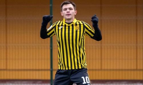 «Каждый футболист хочет там поиграть». Казахстанский бомбардир рассказал о целях в России и трансфере в «КраСаву»